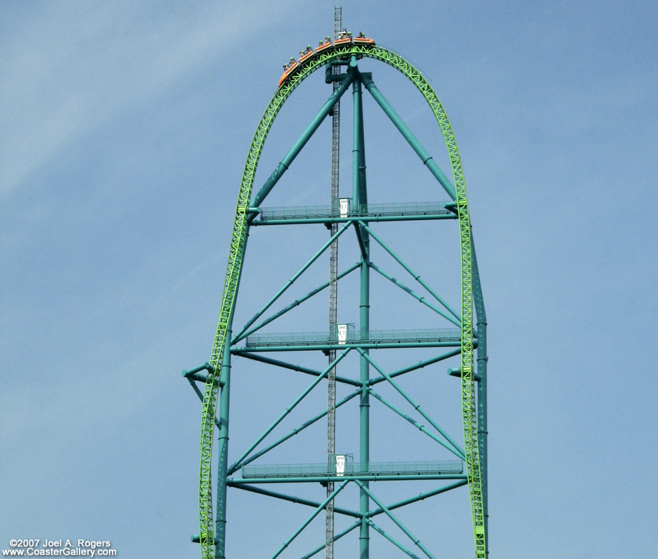 The world's tallest and fastest roller coaster - Kingda Ka