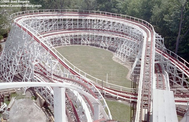Raging Wolf Bobs roller coaster in Ohio