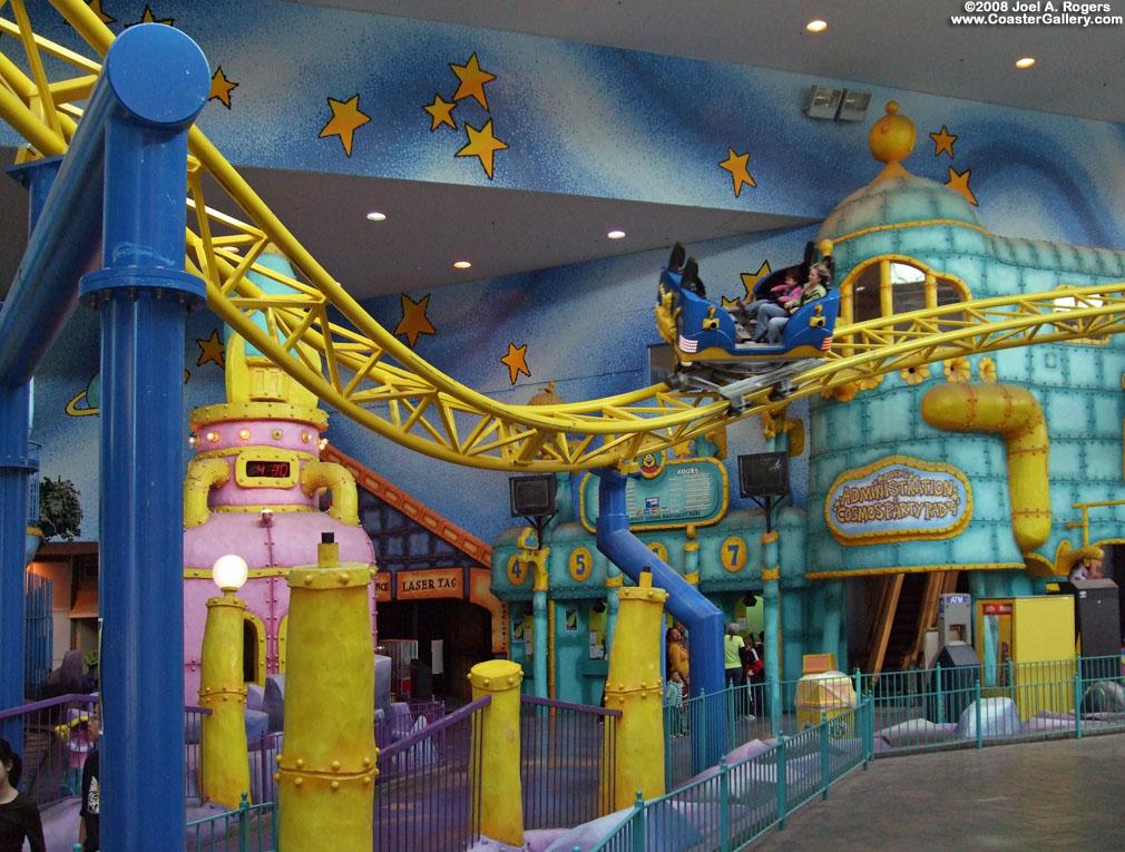 Galaxyland amusement park west for Amusement park decoration ideas